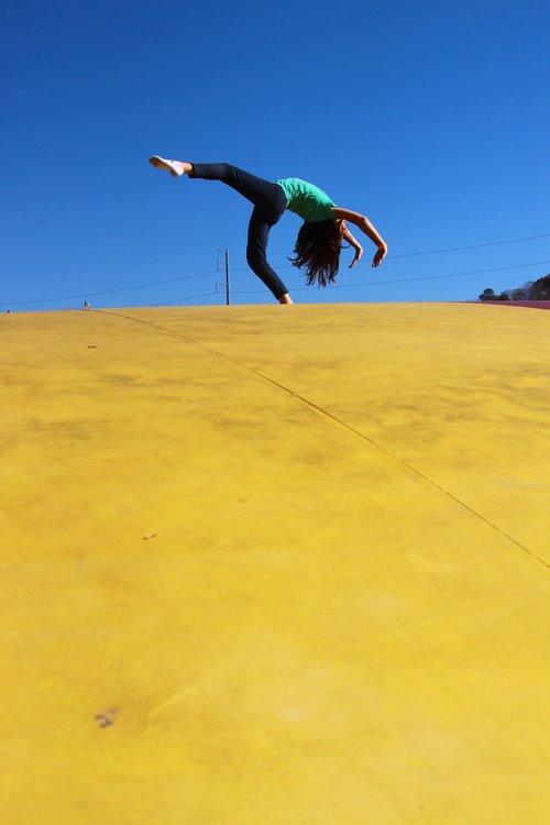 bouncing pillow - 17 nov 2012