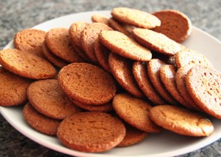 ginger snaps - 1 jul 2015