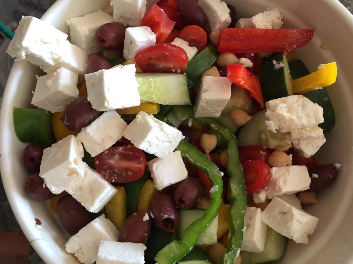 greek salad - 1 apr 2017