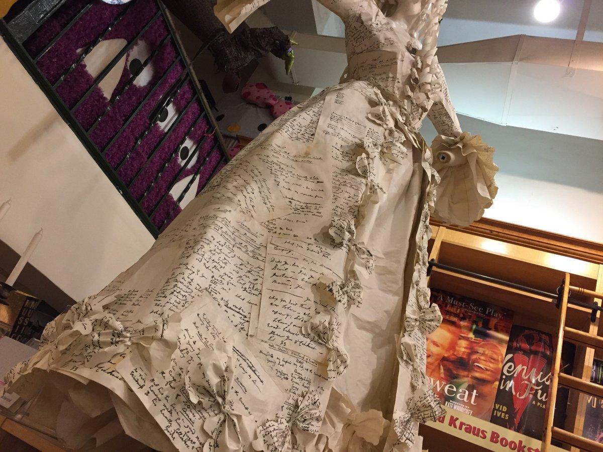 drama bookstore - 11 aug 2017