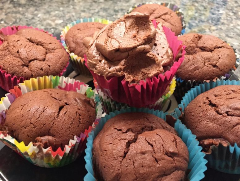 chocolate cupcakes - 18 oct 2017