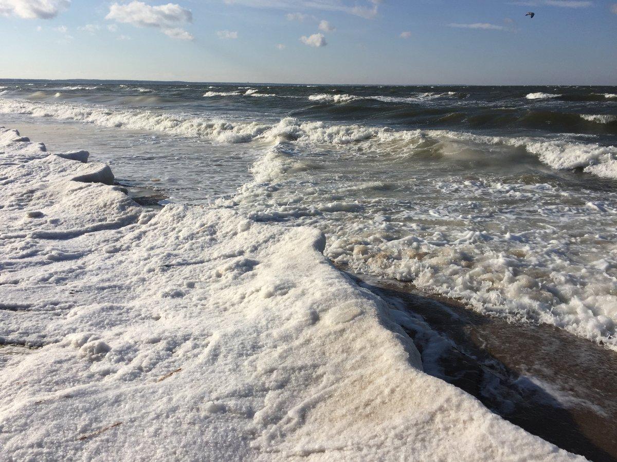 snow on the bay - 16 dec 2017